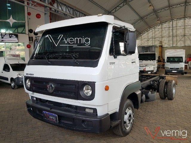 Caminhão 3/4 Volkswagen 10.160 Delivery 4x2 2014