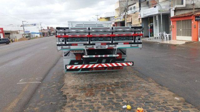 F4000 carroceria - Foto 2