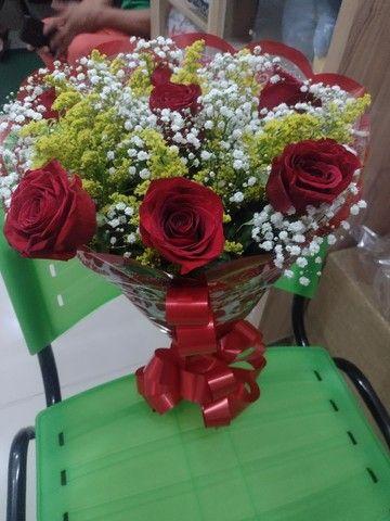 Buquê de flores - Foto 2