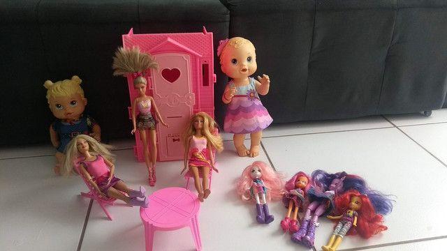 Lote bonecas - Foto 5
