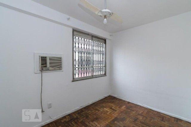 Excelente apartamento 2 quartos, desocupado! Condomínio barato! - Foto 4