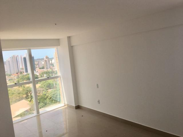 Apartamento Ed. Arnaldo Barbalho Simonetti - 3 suítes - Lagoa Nova - Foto 8