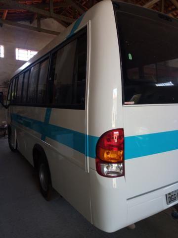 Dois micro ônibus - Foto 2