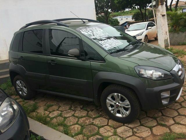 Vendo carro Idea 1.8 automático 2014