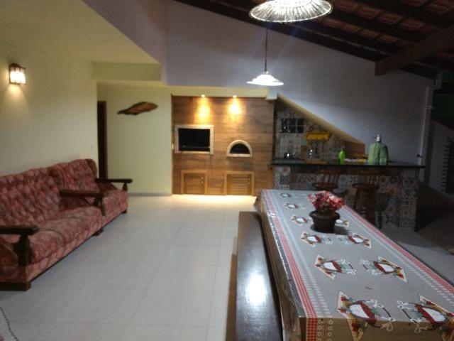 Casa e apartamento 50 mts da (Praia Enseada) c/ar e internet - Foto 3