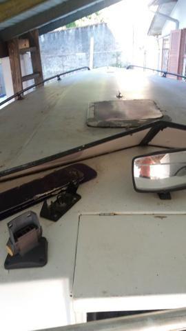 Casco lancha Magnum Offshore 29 pés sem motor sem rabeta documentada