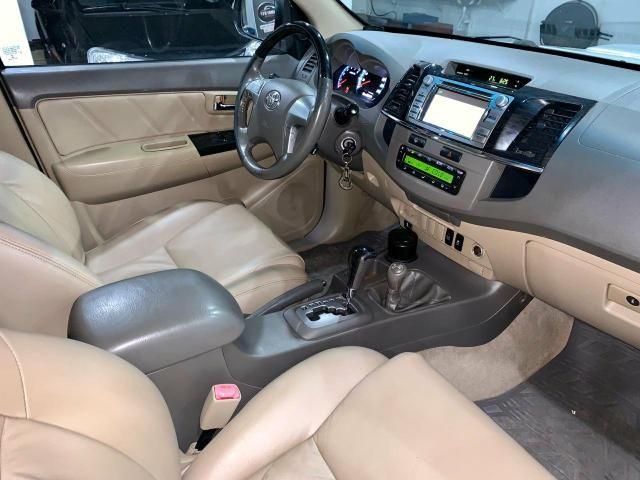 Toyota Hilux SW4 7 lugares 13/13 - Foto 14