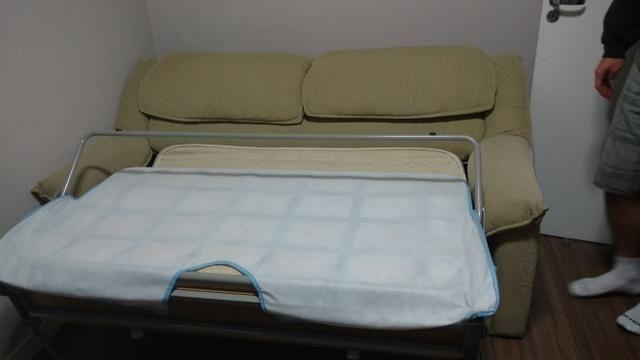 Sofá cama Herval e estante home Rudnick - Foto 5