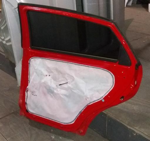 Porta Traseira Chery Celer 2012/2013 Desmontada - Foto 3