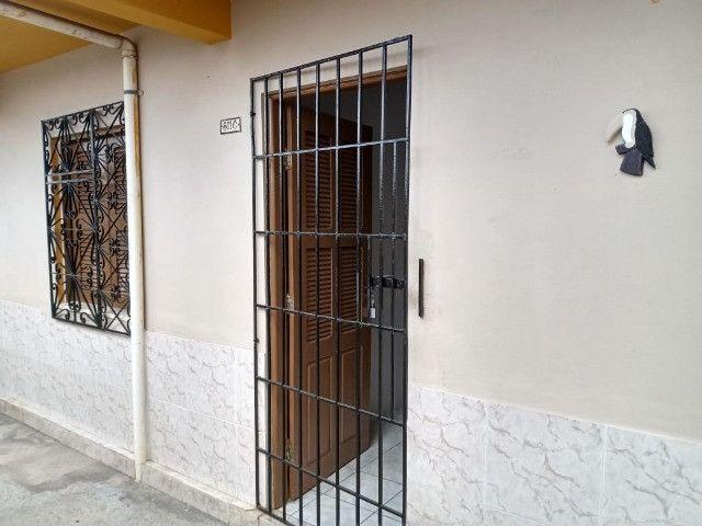 Cod. 000926 - Casa para aluguel com 02 quartos no Montese - Foto 2