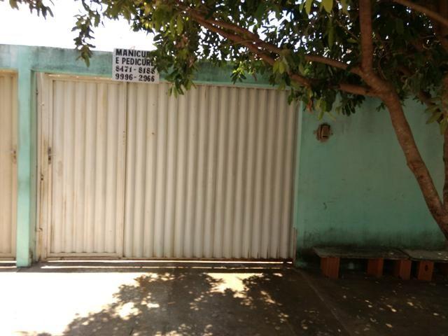 Vende se uma casa na vila de Furnas Minaçu quitada ou so ó ágio
