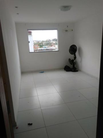 Amplo Apartamento 2/4 - Bairro Castália - Foto 5