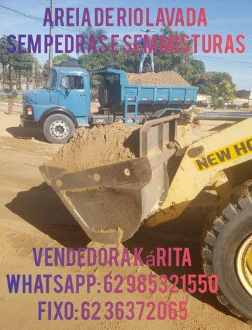 Areia de RIO da draga