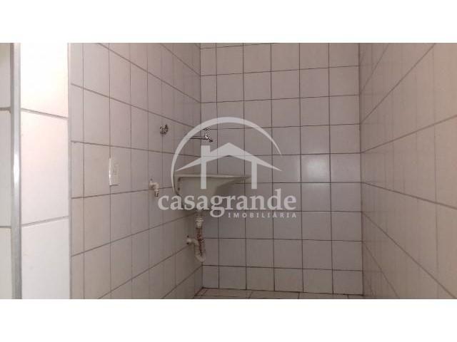 Apartamento para alugar com 3 dormitórios em Umuarama, Uberlandia cod:10 - Foto 17