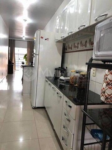 Casa  com 3 quartos - Bairro Santo Hilário em Goiânia - Foto 4