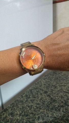 Vendo esses lindos relógios femininos originais $100 cada  - Foto 2