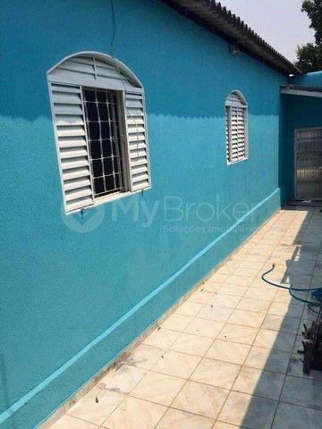 Casa  com 3 quartos - Bairro Jardim das Aroeiras em Goiânia - Foto 5