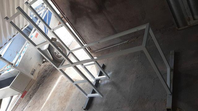 Mesa com estante  - Foto 5