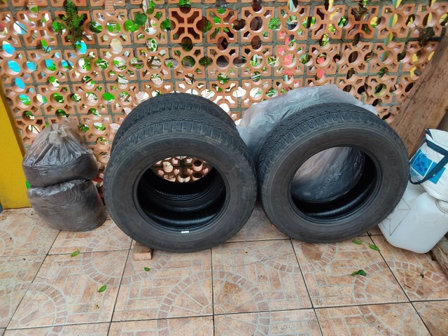 Jogo de pneus Scorpion STR 265/65//R17