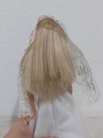 Barbie Mattel modelo 1999 vestida de noiva - Foto 5