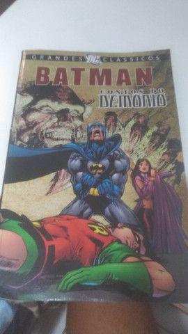 Gibi do Batman contos do demônio