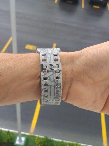 Relógio G-Shock Ga110 Cinza fundo preto Automático digital ponteiro a prova d'agua - Foto 2