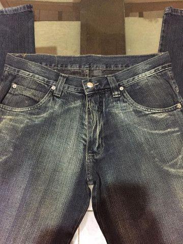 Calça jeans masculina tamanho 44 - Foto 5