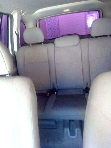 Vendo carro Zafira 7 lugares - Foto 8