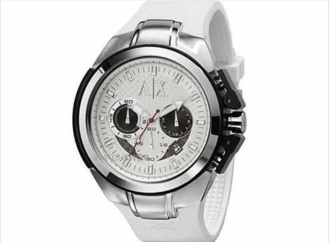 ee01c44d754 Vendo Relógio Armani Exchange modelo AX 1068. (somente venda)