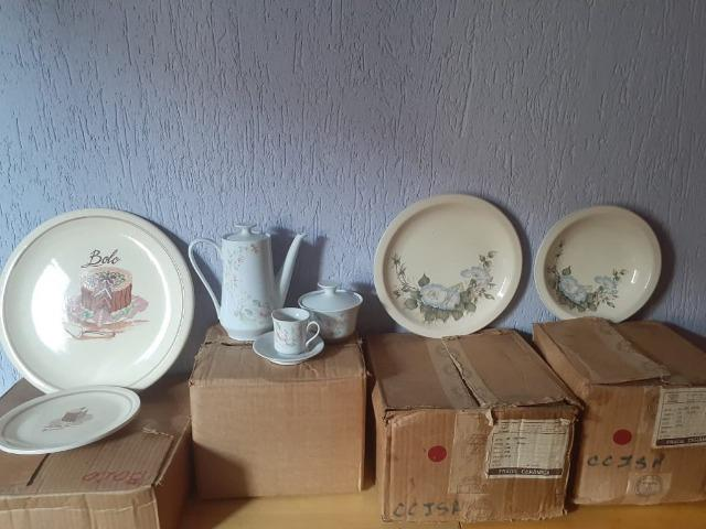 Conjunto de Porcelana Schmidt decorados - Foto 2