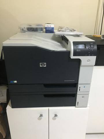 Vendo impressora HP M750 Nova