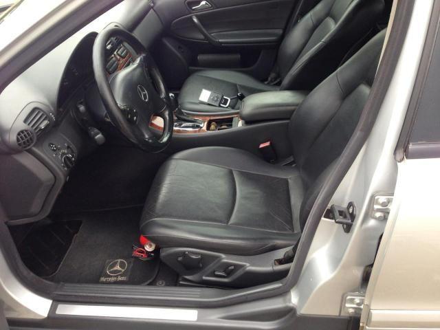 Mercedes c180 segundo dono manual e revisões desde zero - Foto 5