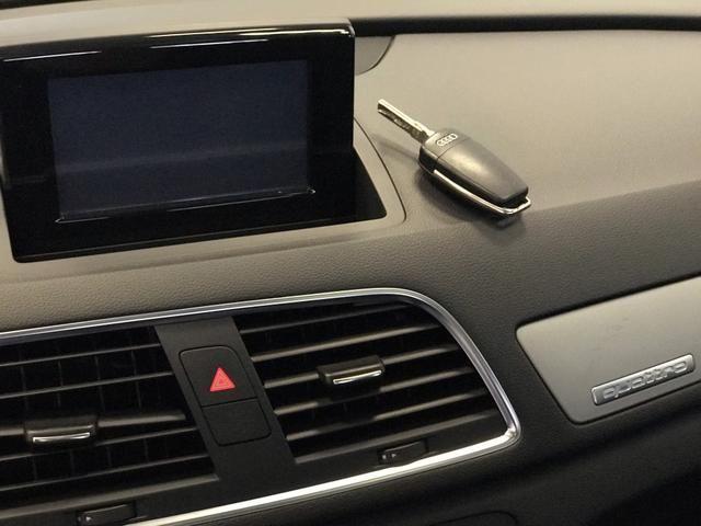 Audi Q3 Ambiente 2.0 TFSI Quatro 2013 - Foto 20