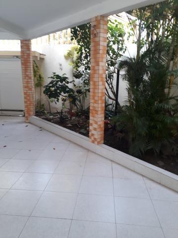 Casa ampla c/piscina /Porcelanato/projetados/prox. ao Posto gasolina itapiraco(Aluguel) - Foto 6
