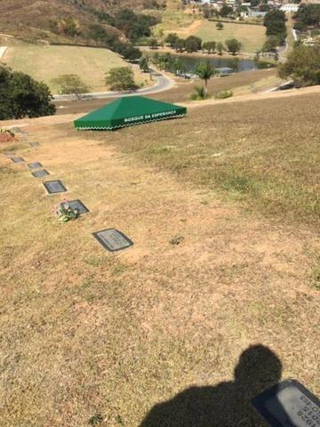 Jazigo Cemitério Bosque da Esperança,perpétuo com duas gavetas,vendo urgente - Foto 2