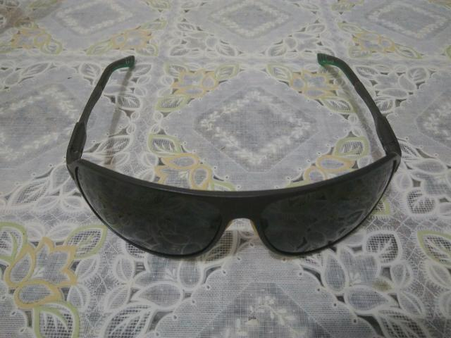 6aa32b8f6c6bb Óculos de sol Chilli Beans estilo aviador - Bijouterias