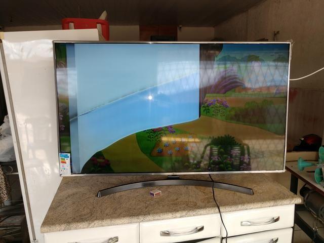 Vendo tv 55 polegadas tela trincada