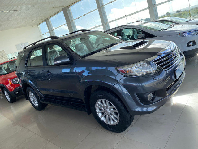 Hilux sw4 7 lugares - Foto 10