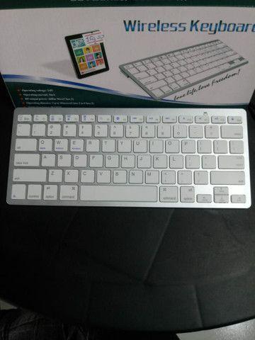 Teclado Bluetooth para IPad Tablet e celular