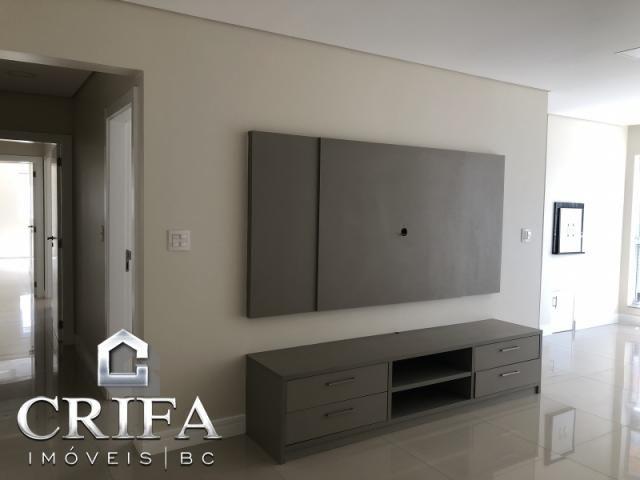 Apartamento no Ed. Terra e Mar, 03 Suítes, Centro, Balneário Camboriú- SC - Foto 2