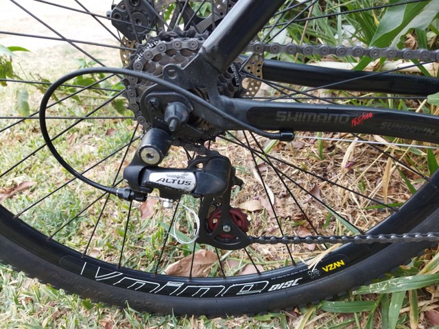Bicicleta aro 29 Shimano Altus - Foto 4