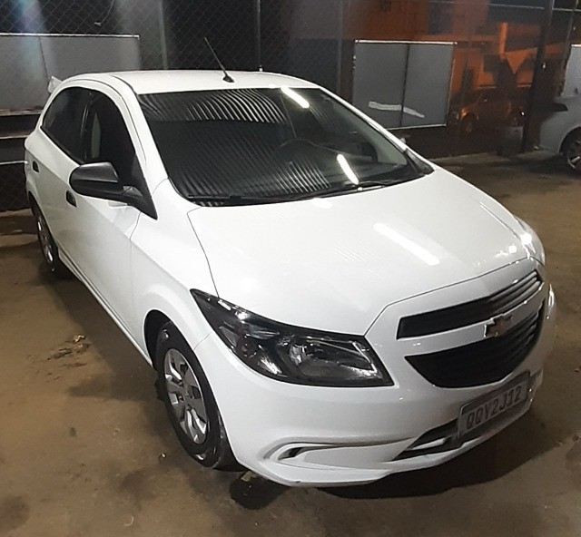 Chevrolet Onix joy , 1.0 completo 2019 branco
