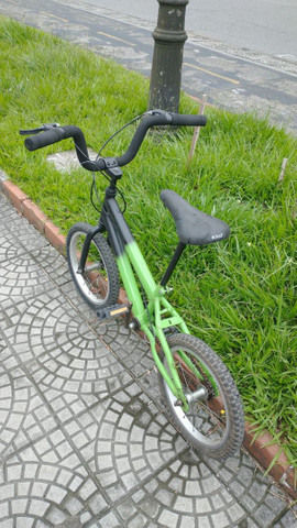 Bicicleta aro 16 - Foto 3