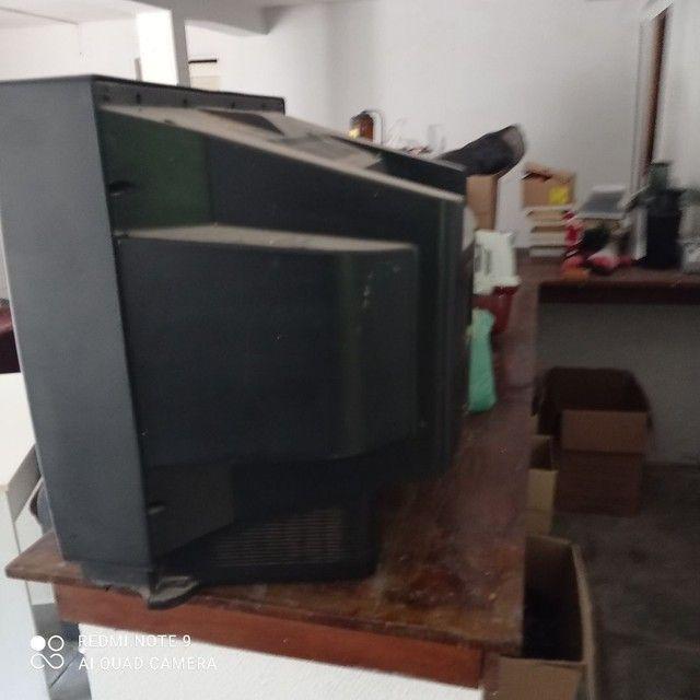 Tv tubo 34 polegadas sem controle e sem conversor ótima  - Foto 2