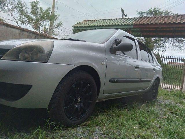 Carro Renault clio sedan top