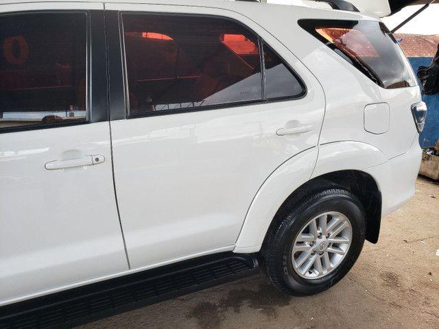 Toyota  Hillux SW4 DIESEL  SRV 4x4, Automático  - Foto 3