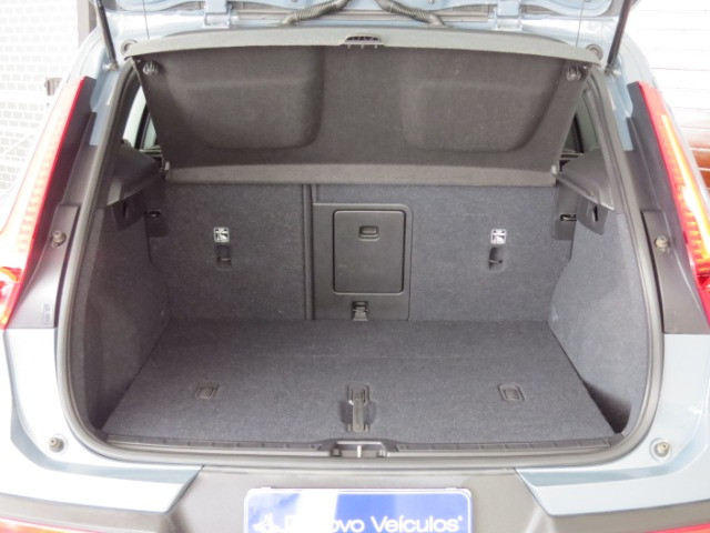 Volvo XC40 2.0 T5 Momentum AWD Geartronic 2020 Cinza - Foto 17