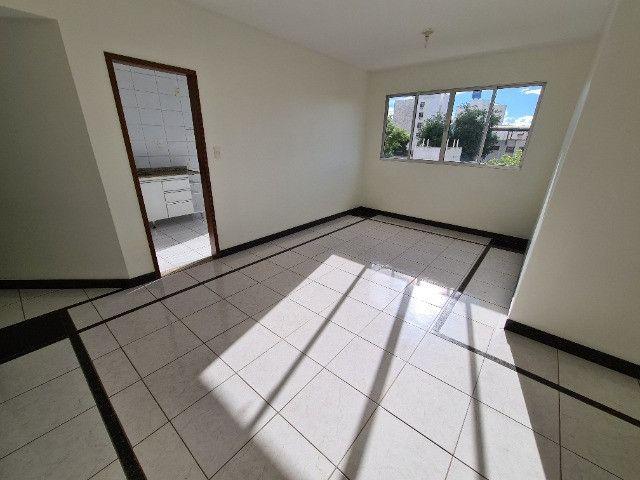 Aluga-se apartamento 03 quartos - Centro - Foto 2
