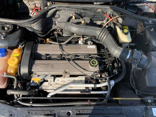 Sucata Para Venda De Peças Ford Escort Zetec 1.8 16v - Foto 6