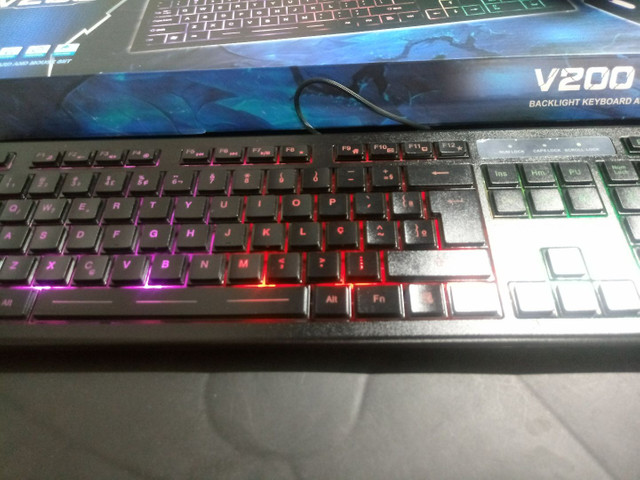 Teclado Gamer com Mouse - Foto 4